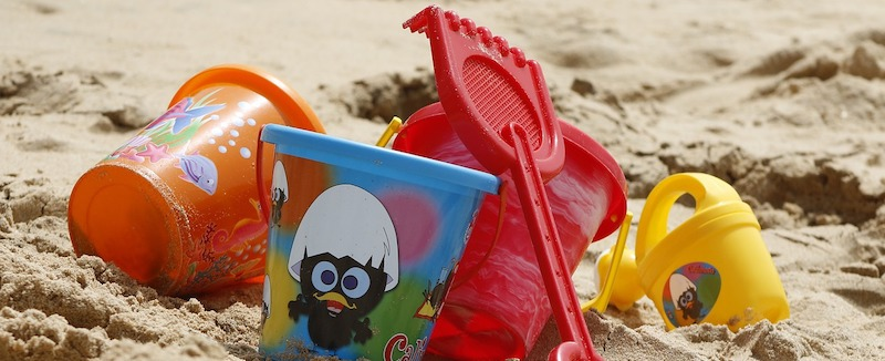 playing_beach